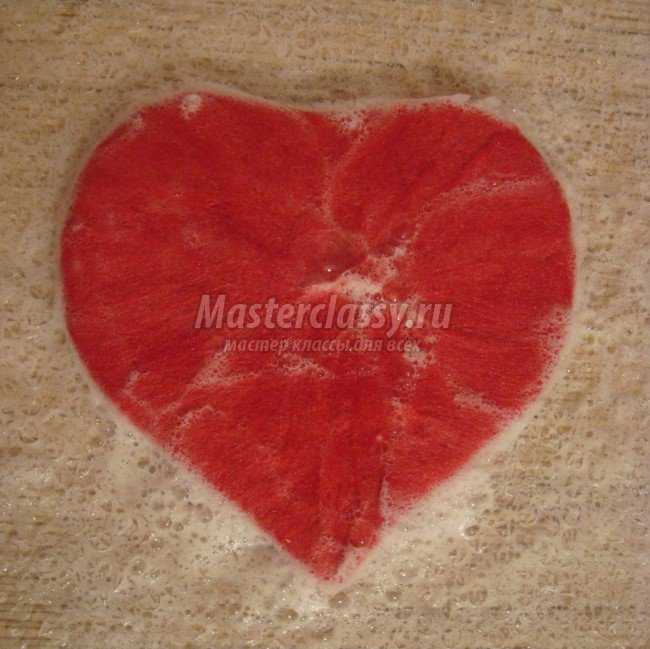 Валяние валентинки из шерсти