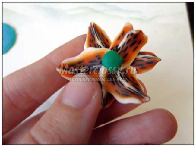 Браслет из запекаемой полимерной глины. Лилии