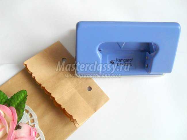 Декор крафт-пакета для упаковки подарка