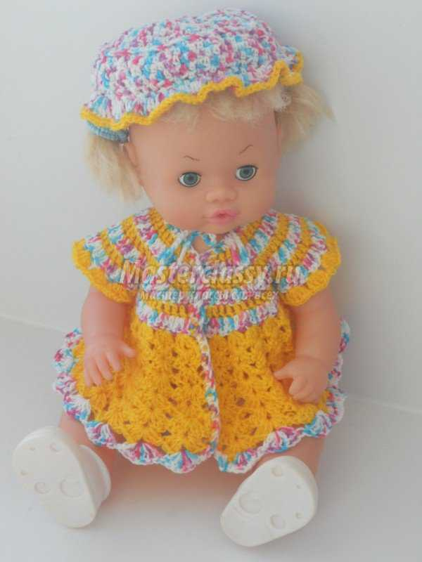 вяжем крючком платье и шляпка для любимой куклы мастер класс с