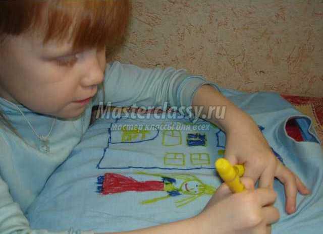 Роспись футболки вместе с ребенком