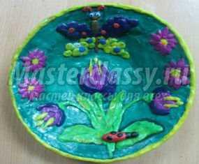 Подарок на 8 Марта. Тарелочка в технике папье-маше и пластилиновая живопись. Мастер класс с пошаговым фото