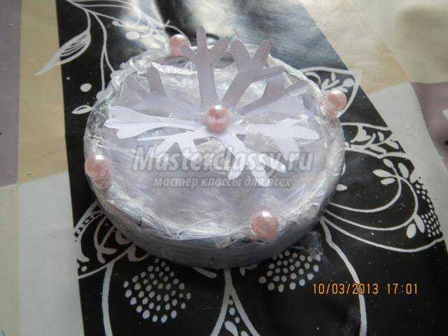 ледяная шкатулка из баночки