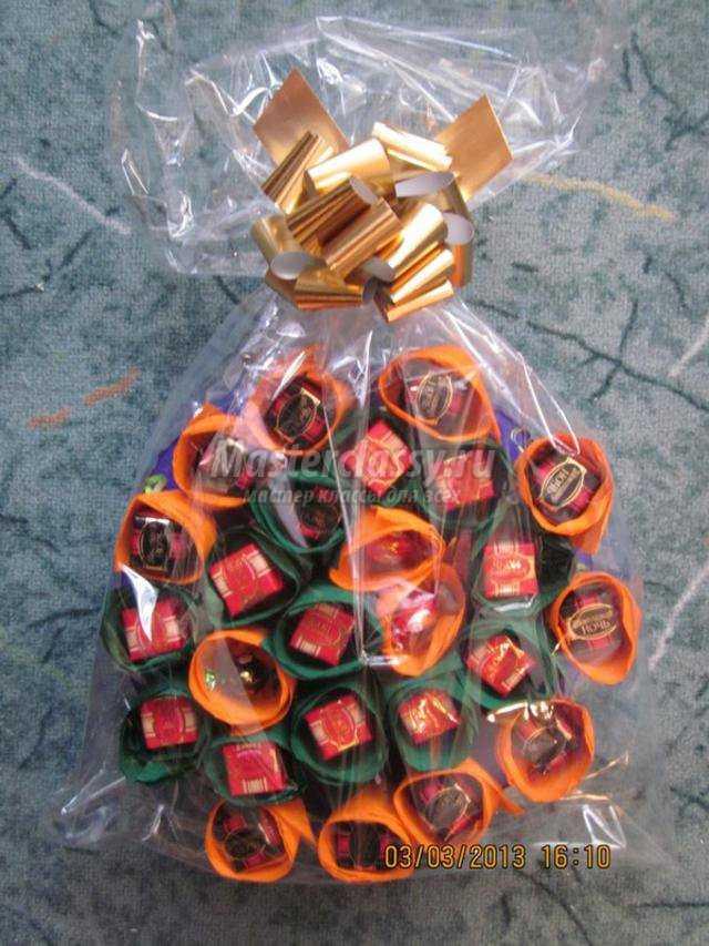 цветочный торт из конфет