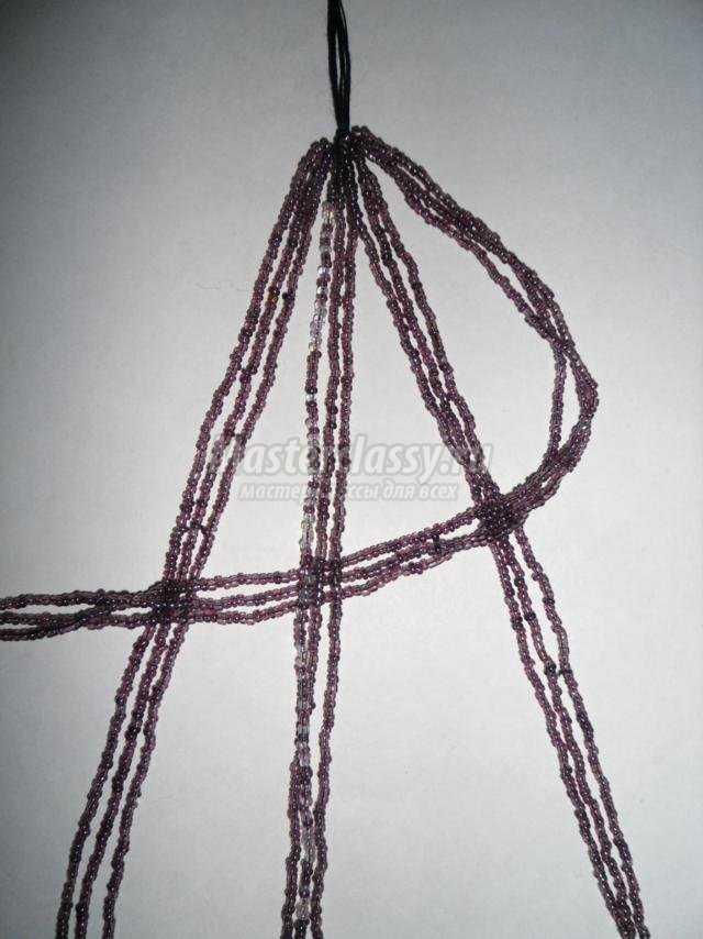 ожерелье из бисера. Подарок для мамы