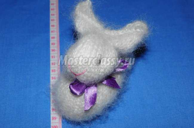 Пасхальный кролик амигуруми