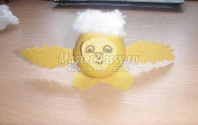 пасхальное яйцо своими руками. Цыпленок