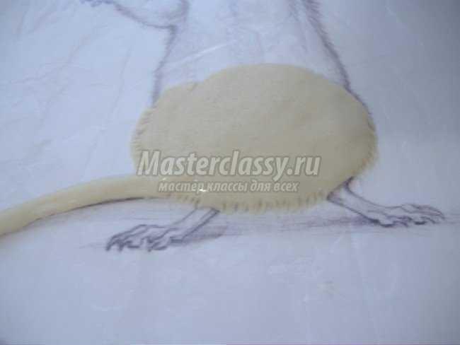 Картина из соленого теста мышь