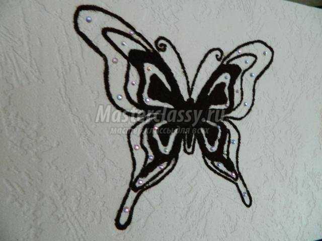 картина из молотого кофе. Бабочка