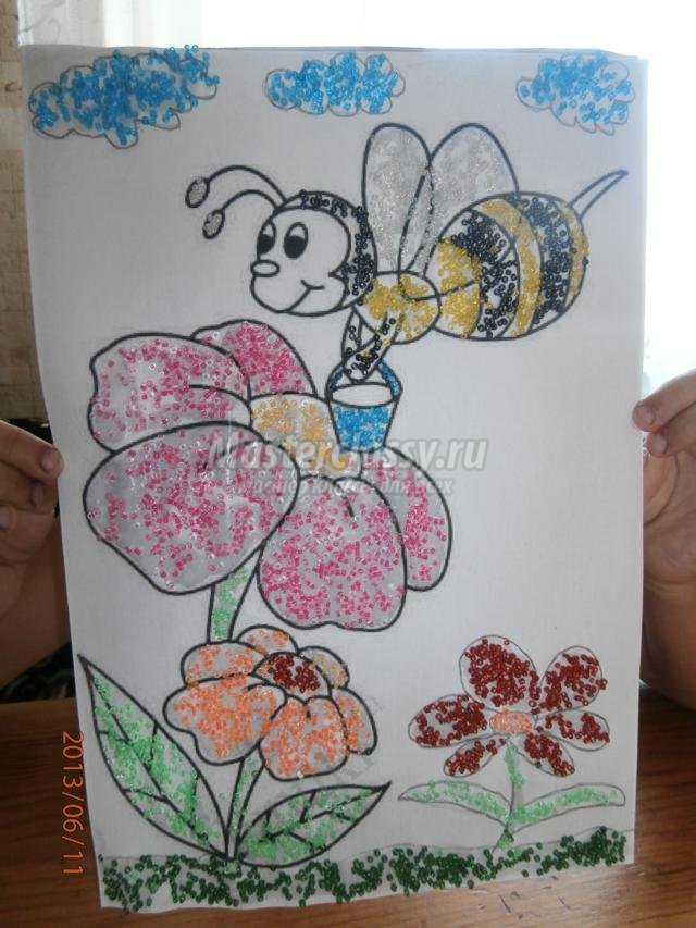 аппликация из бисера. Пчёлка Майя