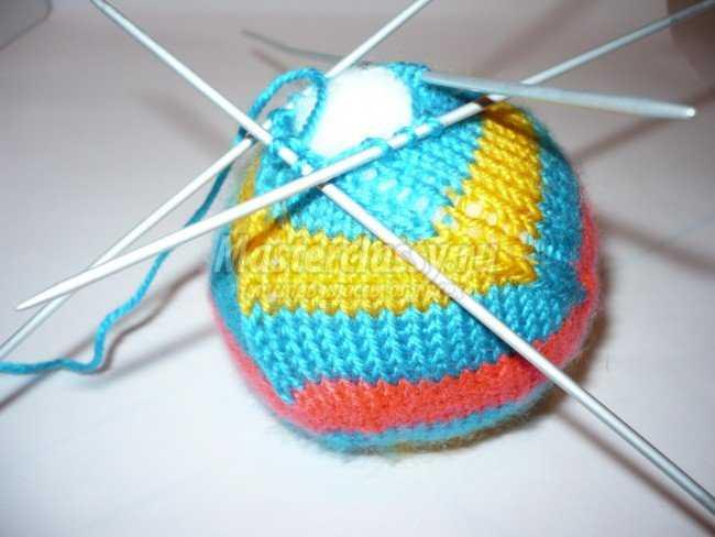 Вязание игрушек. Мячик - погремушка