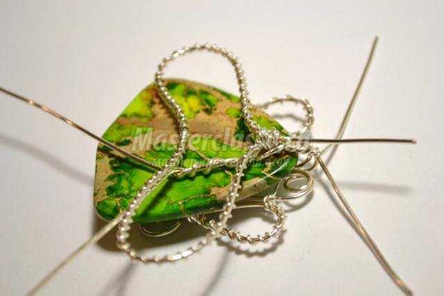 подвеска с варисцитом wire wrap. Жук