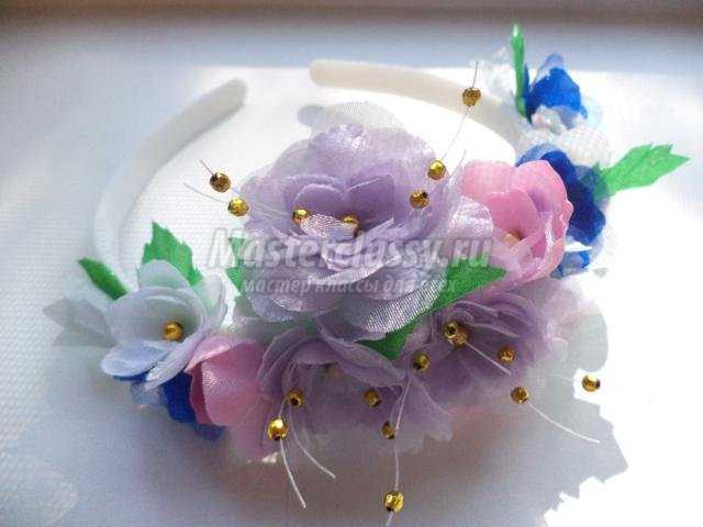 летний ободок с цветами из ткани