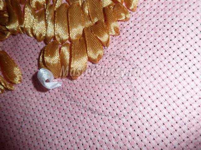 вышивка атласными лентами панно. Летний день