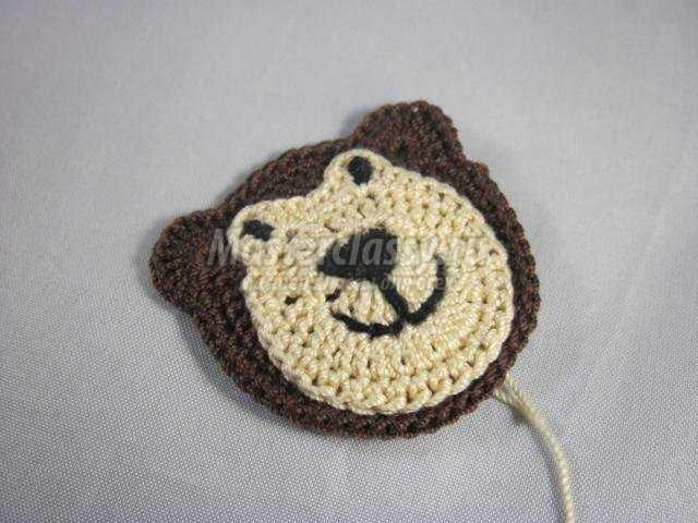 вязание аппликации крючком. Мишка с сердечком