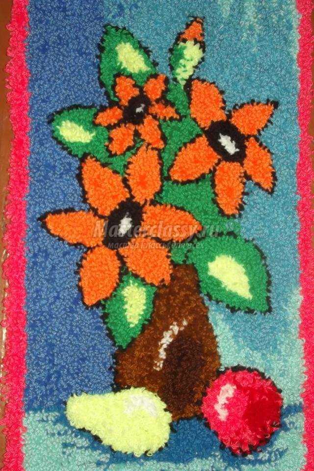 панно в ковровой технике. Осенние подсолнухи
