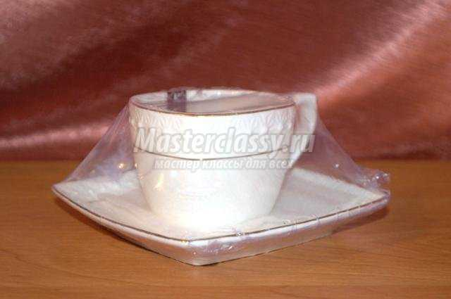 Парящая чашка кофе