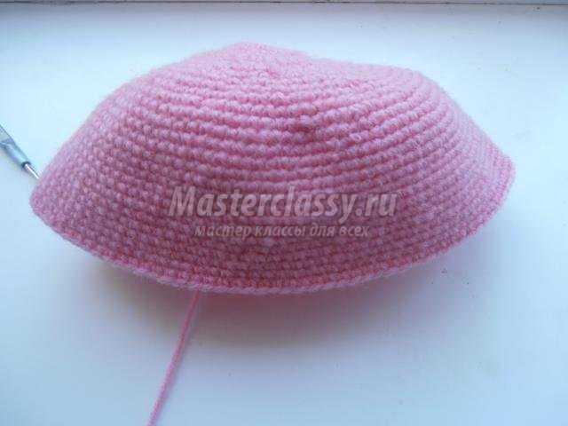 Вязаная шапка крючком для девочки «Китти