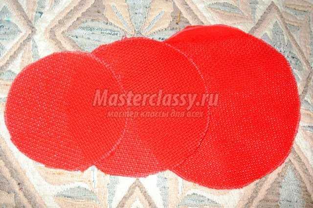 Елочка из ткани на пенечке