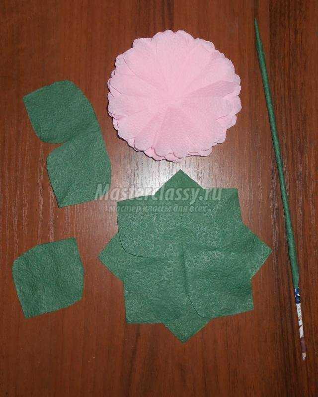 букет цветов из салфеток для мамы