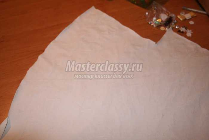 Елка из бумаги и декора