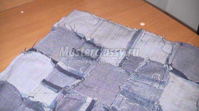 диванная подушка из старых джинсов своими руками
