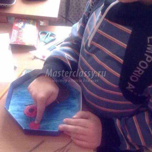 декоративное панно из пластилина и природных материалов