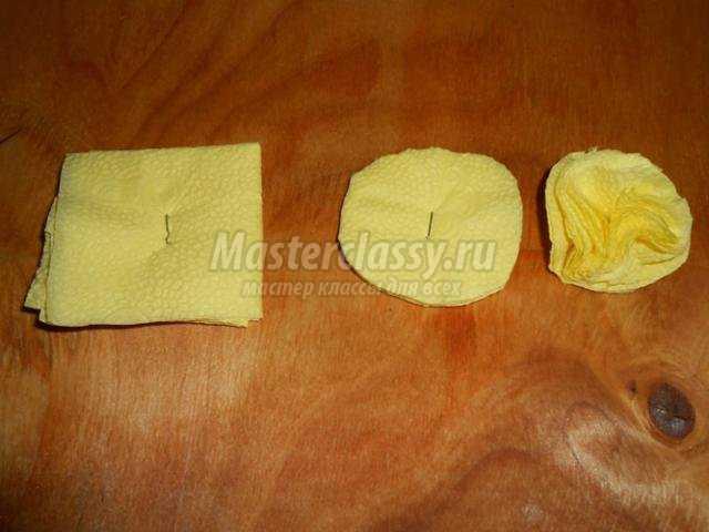 картина аппликация из салфеток и бумаги. Хризантемы