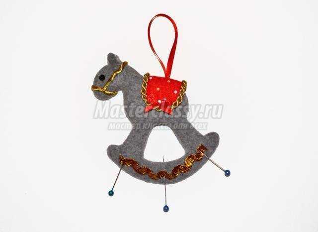 лошадка-качалка валяние из шерсти