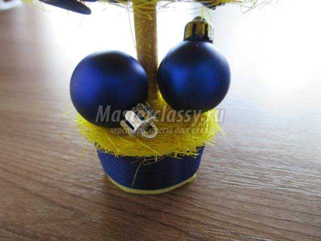 новогодняя ёлочка из сизаля. Патриот