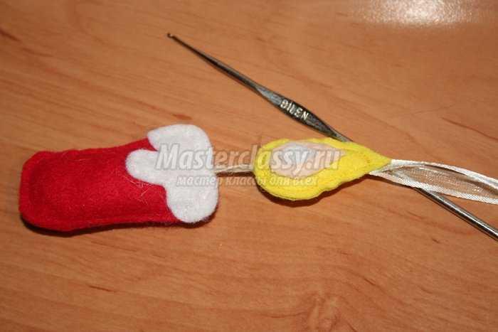 Рождественские поделки из фетра. Свеча и пуансеттия.