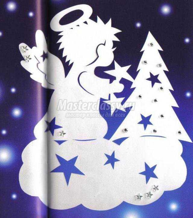 украшение окон к Новому году бумажными трафаретами