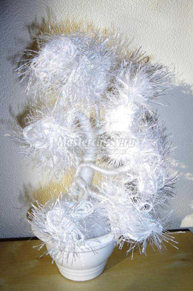 зимнее дерево из пряжи своими руками