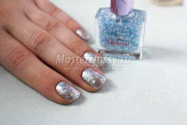 зимняя роспись ногтей маникюр. Снеговик