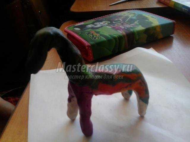 лошадка из бисера. Символ нового 2014 года