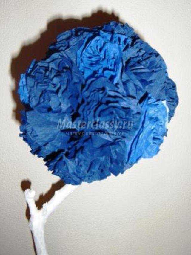 топиарий из гофрированной бумаги. Морозное утро