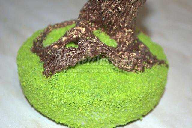 нежная глициния из бисера