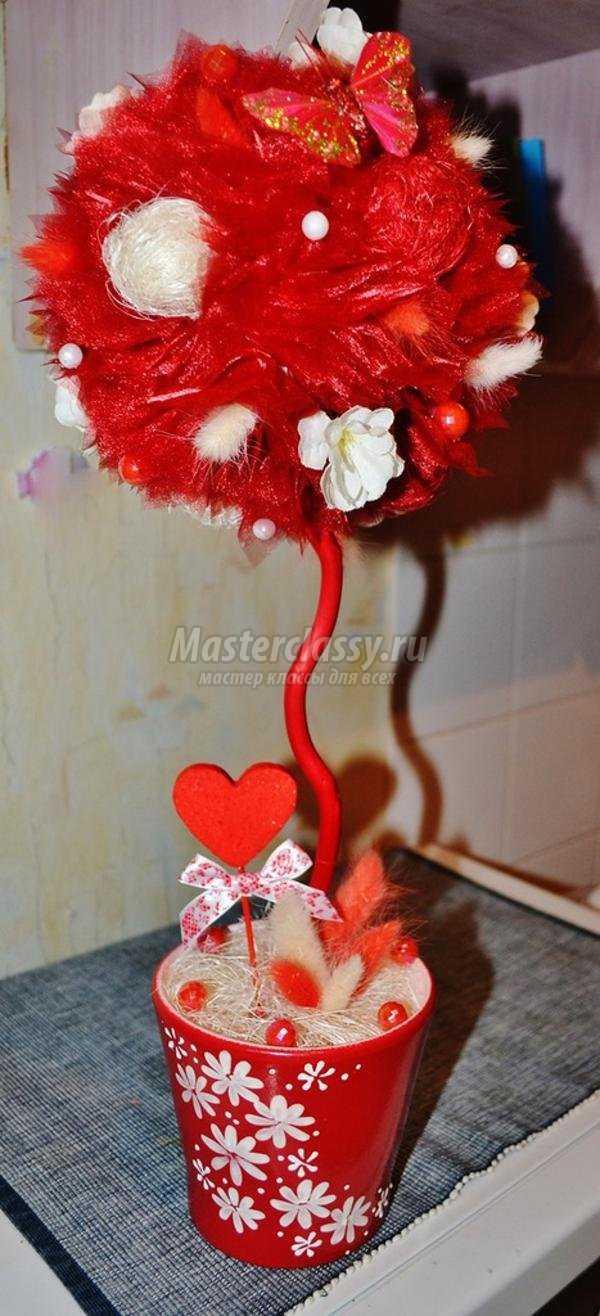 топиарий из органзы на День Святого Валентина