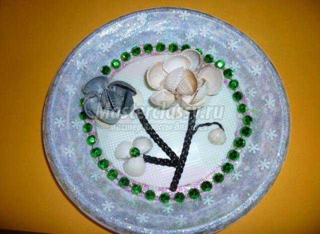 волшебная тарелочка из ракушек