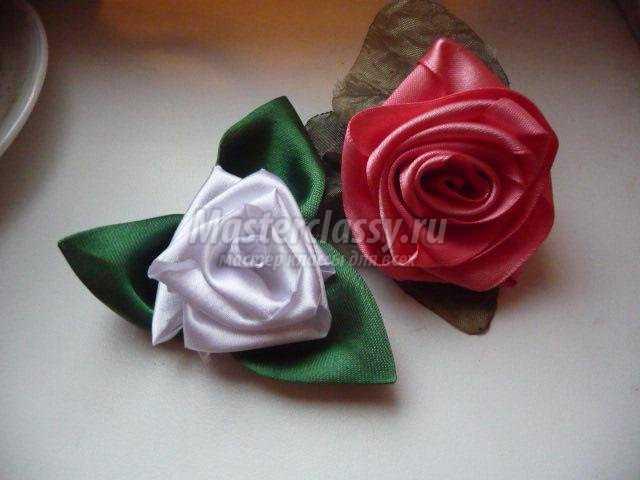 заколки с цветами из скрученных лент. Розы