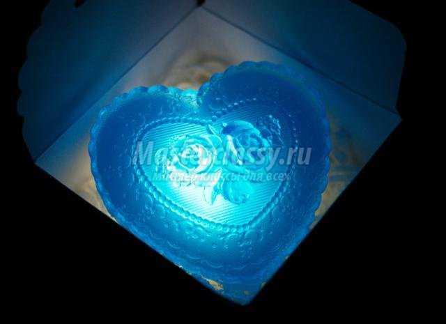 мыло на День Валентина. Мятное сердце с подсветкой