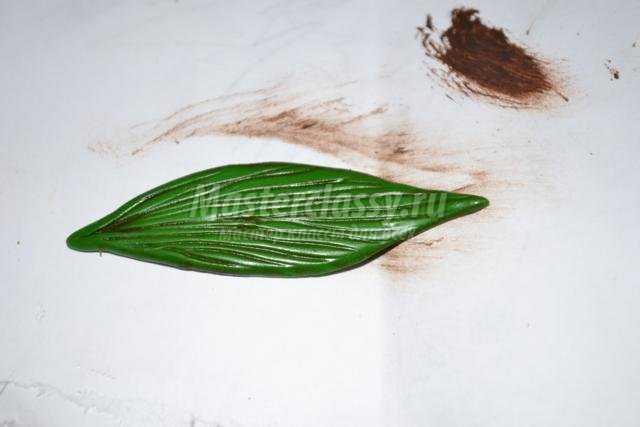 гребень из холодного фарфора. Лилия