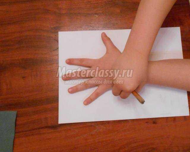 детская аппликация из салфеток. Яблонька