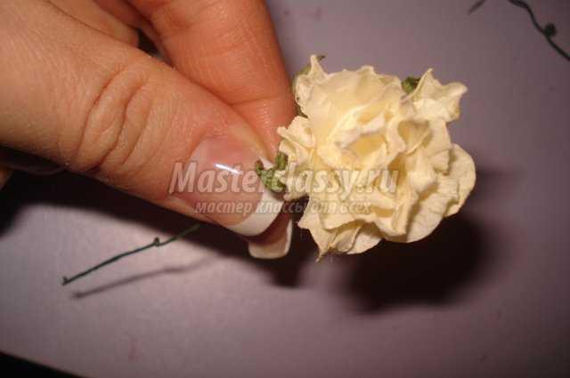 Валентинка из сизаля с цветами