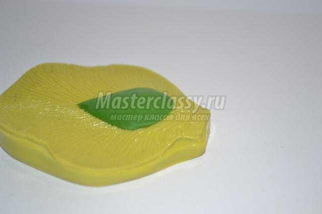 пасхальная подставка для яиц из холодного фарфора