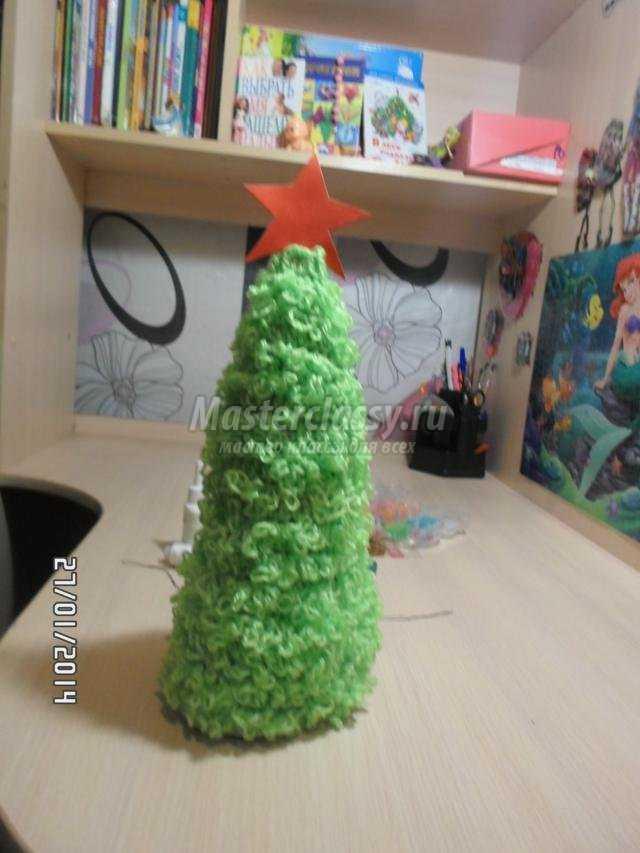 вязаная новогодняя елка крючком