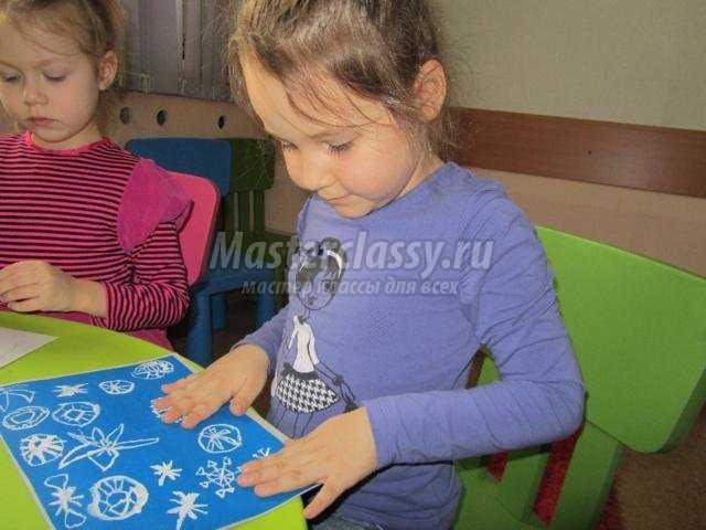 подарочное панно из бумаги. Снежинки