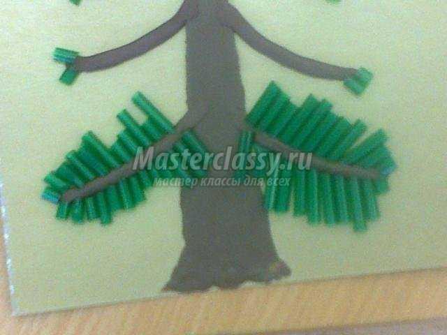 елочка - колючая иголочка из пластилина