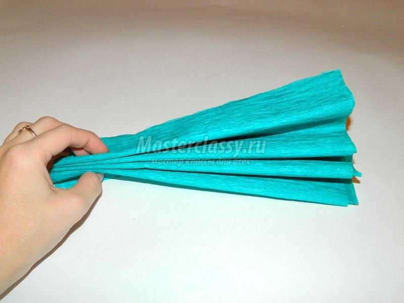 Как сделать помпоны из гофрированной бумаги своими руками поэтапно фото