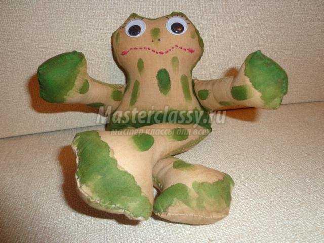 текстильная игрушка своими руками. Лягушка